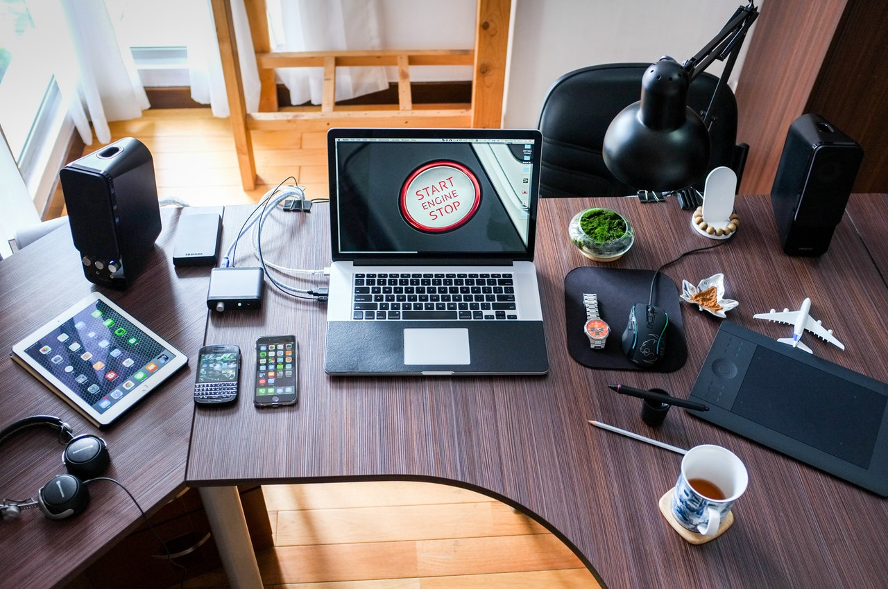 My Top 6 Social Media Jobs That Anyone Can Do Today